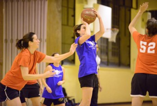 player prepares to shoot